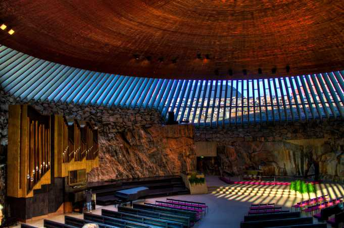 Temppeliaukio Kilisesi(Rock Church)