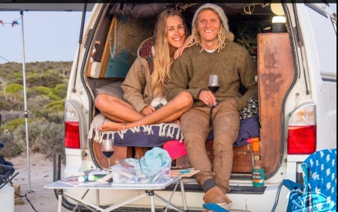 Genç Avustralyalı Çift