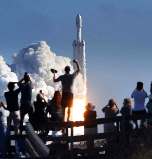 Falcon Heavy projesi Uzay'da Gezilecek Yerler