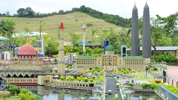 Malezya'nın Başkenti, Şehirleri ve Bölgeleri