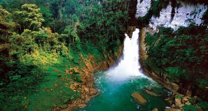 Papua Yeni Gine'nin Başkenti, Şehirleri ve Bölgeleri