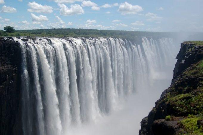 Zambiya'nın başkenti, şehirleri ve bölgeleri