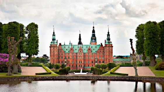 Frederiksborg Sarayı(Kalesi)