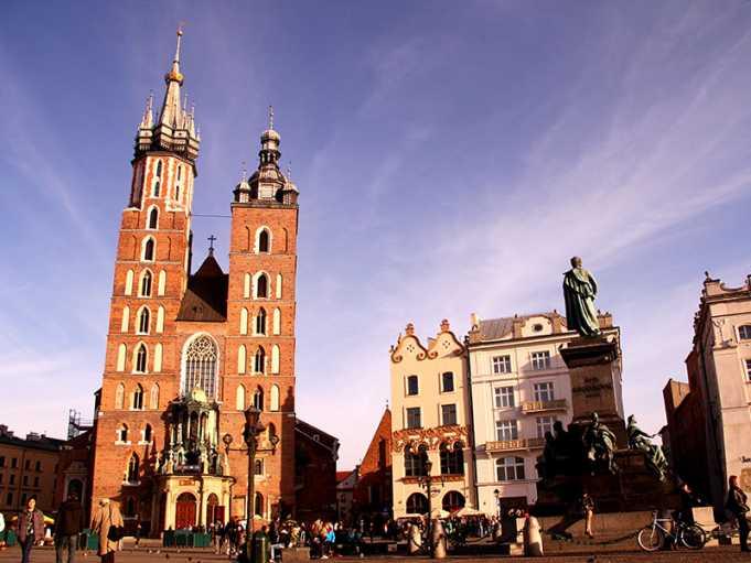 Bakire Meryem Kilisesi-Krakow