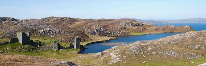 Dunlough Üç Kalesi(Three Castle Head)