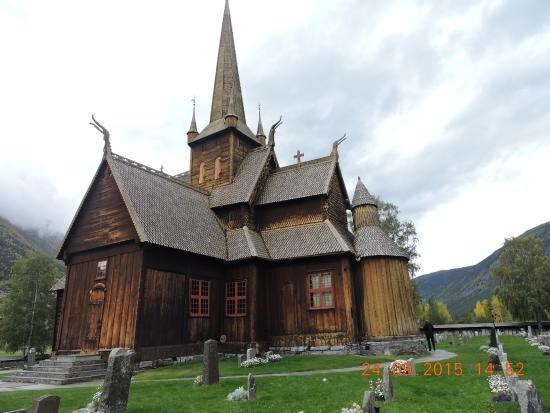 Lom Stave Kilisesi