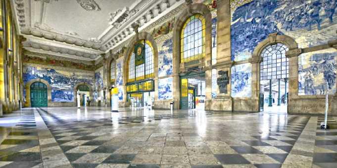 Sao Bento Tren İstasyonu-Porto