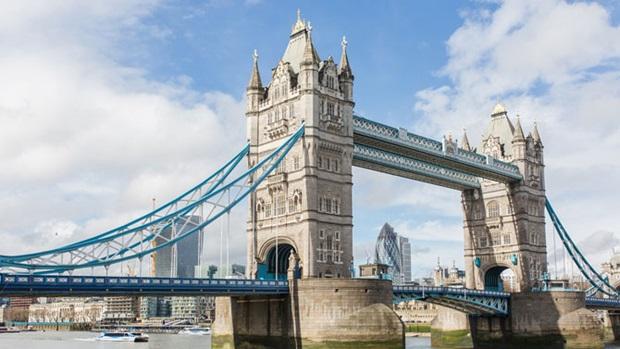 Tower Bridge(Kule Köprüsü)