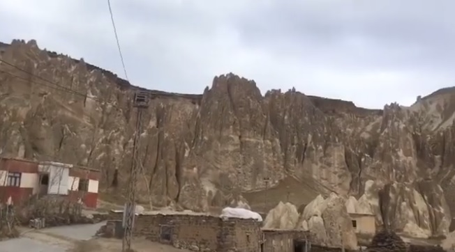 VANADOKYA İran sınırında Peri Bacaları