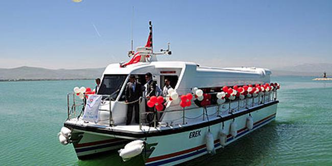 Van Gölü Deniz Otobüsü Akdamar Adasına Saat Kaçta Nereden Kalkıyor