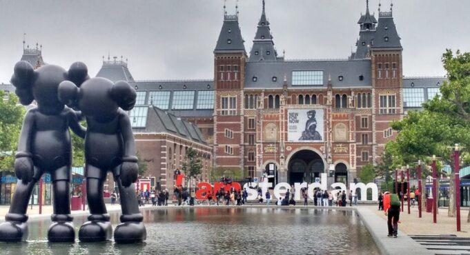 Amsterdam Nasıl Gidilir?